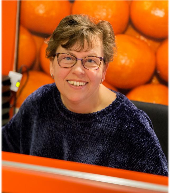Bianca van der Ham : administratief medewerkster<br><br><br>
